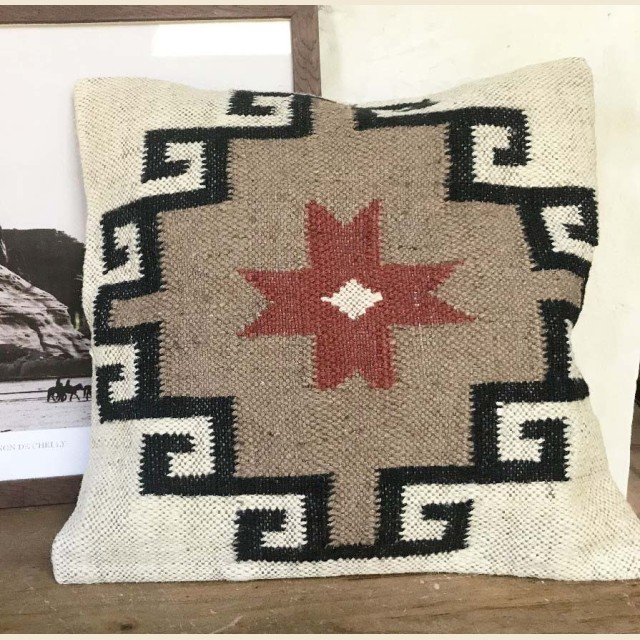 Coussin Indi 1